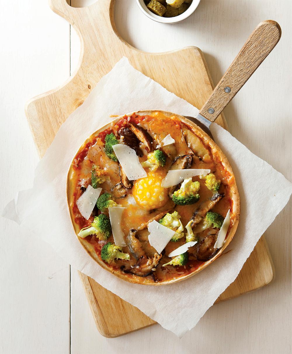 egg_mushroom_pizza_b.png